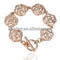 nuovo design placcato in oro rosa a forma di fiore gioielli bracciale con catena per le ragazze e le signore