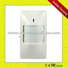 Highly sensitive PIR motion detector Automatic low voltage alert