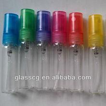 bouteille en verre vide avec pompe spray