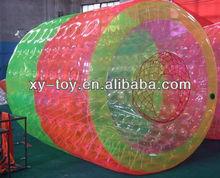 2013 hot inflatable amusement water walking roller