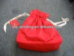2013 new design red color non woven shopping bag