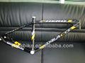 2013 vendita calda 1050g montagna telaioin carbonio 26er di carbonio mountain bike frame