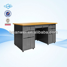 P037 desk top computer