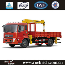 Dongfeng cargo truck mounted crane type 4*2