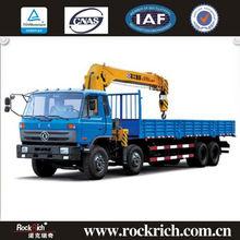 China popular unic crane/truck mounted crane/crane truck