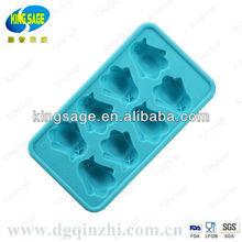 lovely penguin shaped ice cube tray