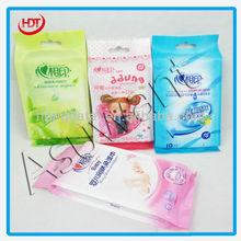 soft wet tissue plastic bag/bright color printed wet tissue packing bag/side gusset wet tissue aluminium foil bag with handle