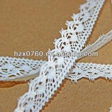 Embroidered alencon lace fabric