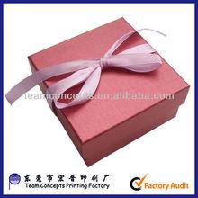 Paper cardboard birthday cake box