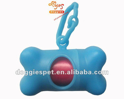 Green plastic pet dog garbage bag dispenser