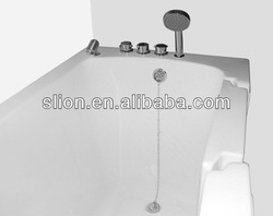 Hot Sale White Acrylic Walk in Bathtub for the Elderly and the Disabled