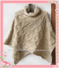 Cable knit poncho pour les femmes