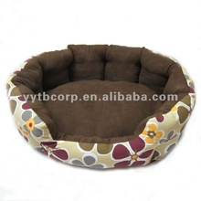 oval floriated pet kennel
