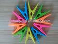 Atacado de plástico coloridos decorados mini-prendedores de roupa