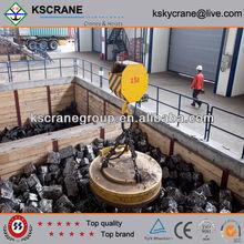 China Overhead Electric Magnet Crane Magnet Lifting Crane
