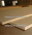 los muebles hechos de las plataformas del grupo de luli