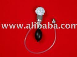 Endoscope leak tester