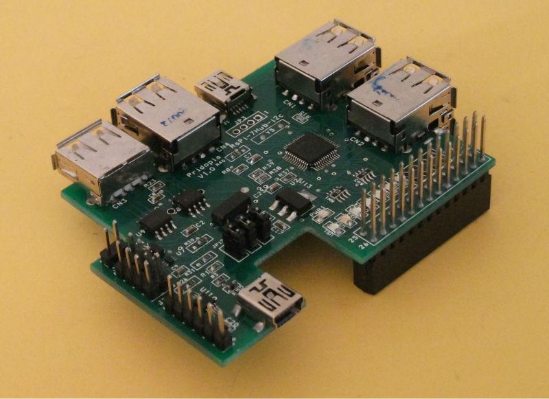 [Bild: Raspberry_Pi_7_Ports_USB_Hub_I2C.jpg]