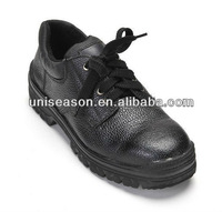 Men embossed leather shoes working 2013