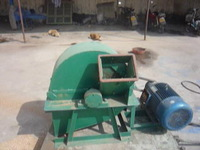 tree branches crusher/Cutter grinder/hammer and knives crusher in one machine