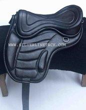 New Design Leather Treeless Saddle