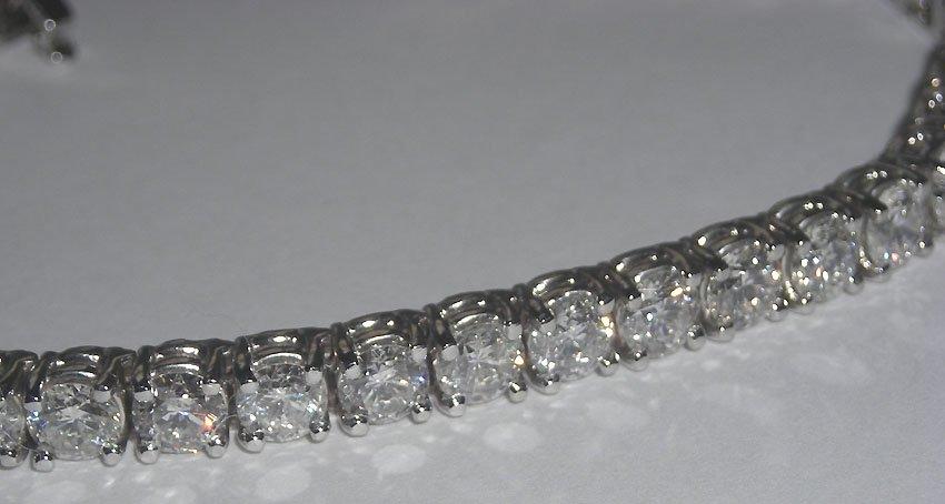 20 carats DIAMOND TENNIS BRACELET VS jewelry hand gold