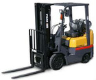 Forklift 3 mast, battery operated
