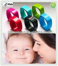 Stylish Silicone Fashion Bracelet/Promotional Food-safe Silicone Teething Bangle Bling