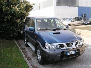 Jeep Nissan Terrano