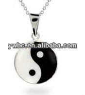 Silver ying and yang tai chi enameled pendant necklace (RB1133)