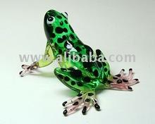 COLLECTIBLE HAND BLOWN ART Miniature GLASS Frog Green