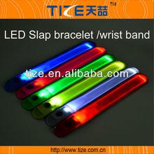 2014 New and Hot promotion kids gift TZ-W280 Slap PVC LED Flashing bracelet/wristband
