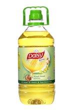 Daisy Corn Oil 3kg please contact:yhsiew@lamsoon.com.my