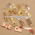Eléctricas de metal que estampa piezas para los enchufes& tomas de corriente