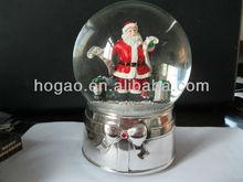 revolving snow globe for Christmas craft