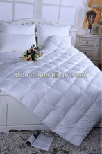 jacquard cotton quilt with microfiber filling
