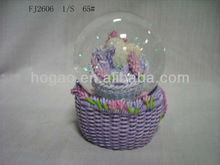 snow ball with basket of flower desk decoration
