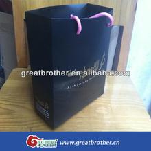 Hot sale custom printed paper shopping bag/fashion design black matte paper bag