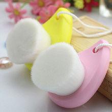 soft nylon hair make up facial cleaning brush,plastic hot sale brush