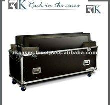 aluminum dual plasma tv flight case with casters