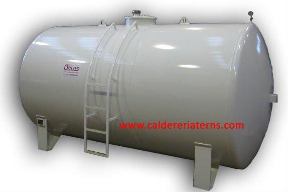 ディーゼル燃料5.000Lの貯蔵タンク