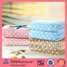 BLC011 Suzhou textile manufacturer polyester dots printed coral fleece blanket