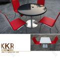 いとうフレンチカフェの椅子とテーブルで作られたアクリル固体表面