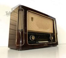 Tube Radio TELEFUNKEN Operette / Restored