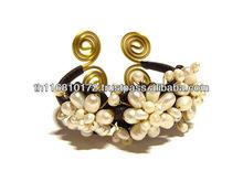 HANDMADE JEWELRY Artisan Costume Jewelry Set Semi-precious Stone Red Shell Bangle [High Quality - Assorted Designs]