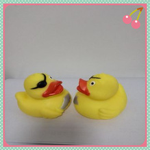 valentine's day duck toys,vinyl bath toy animal