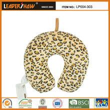 Most moden design of animal fur design pillow