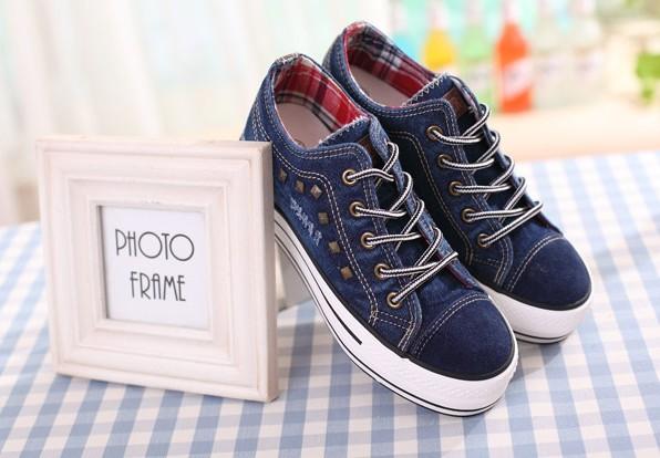 2013 Women shoes with rivet canvas shoes wholesale women shoe