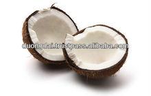 Husked coconut, Seme-Husked coconut