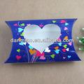 moda cuscino scatola con finestra cuore